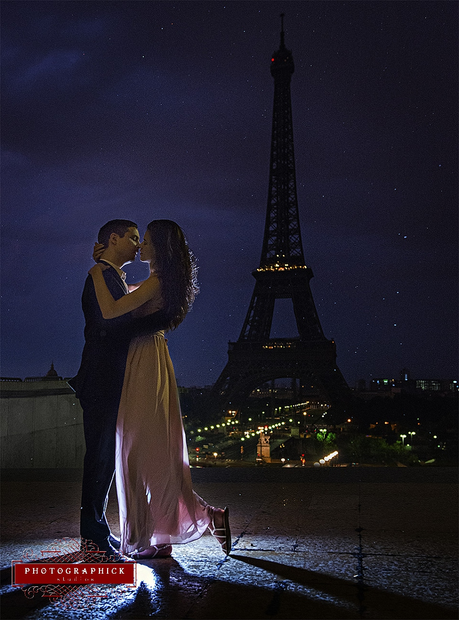 Eiffel Tower Engagement Session in the Rain
